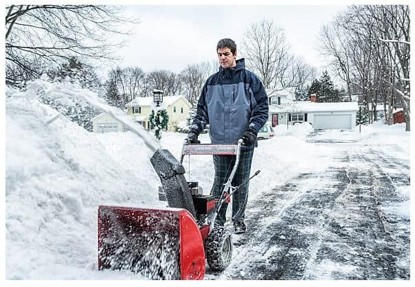 Best Snow Blower for a Long Driveway